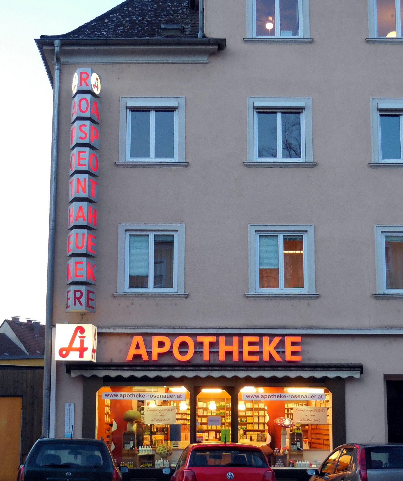 Apotheke.At